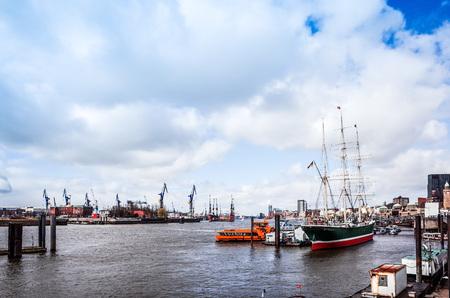 city fish market: Street view of Cruise ship in the harbor of Hamburg