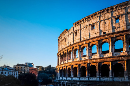 roma antigua: Coliseo de Roma, en Roma, Italia Foto de archivo