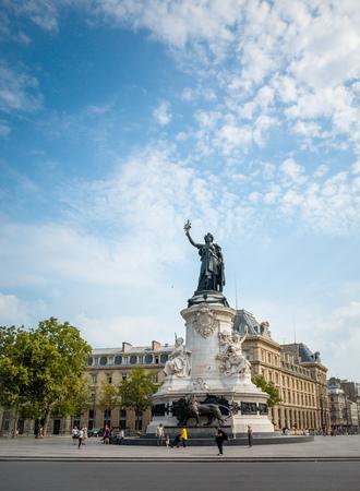 brandishing: PARIS, FRANCE-July 27: Place de la Republique. built in 1880. It symbolizes the victory of the Republic in France.The Famous Statue of the Republic in Paris on July 27, 2014 in PARIS, FRANCE