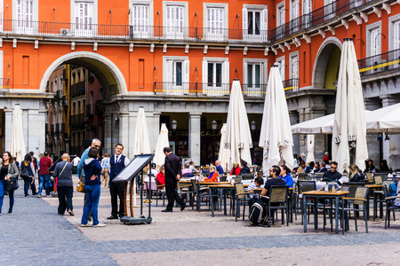MADRID, SPAIN - April 20, 2017: The Plaza Mayor (English Main Square)  was built during Philip III's reign (1598–1621) , SPAIN Redactioneel