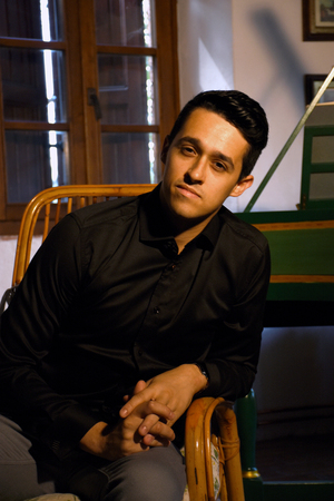 tenor: photo portrait of tenor Luperci de Souza