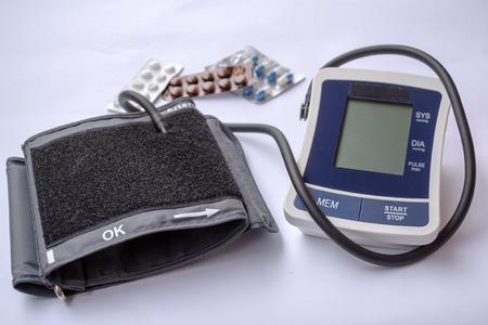 arterial: instrument for measuring the arterial pressure