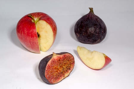 purgative: the juicy fruits of Ficus carica and apple