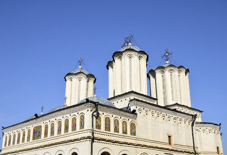 bucuresti: Romanian Patriarchal Cathedral on Dealul Mitropoliei  1665-1668, in Bucharest, Romania. Architectural details in close-up