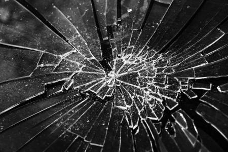 cristal roto: Vidrios rotos