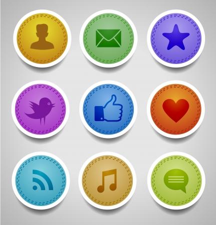 interaccion social: etiquetas cosidas con iconos web sociales Vectores