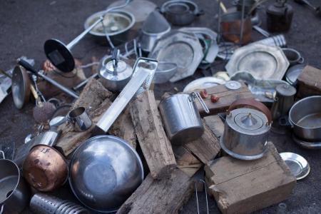 Pile of metal and wood junk Standard-Bild