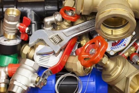 Diverse sanitaire accessoires en onderdelen Stockfoto - 15053434