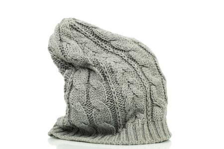 Oversized beanie in grijze kleur op een witte achtergrond Stockfoto - 15603374