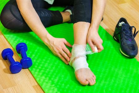 Woman with sport injury leg pain