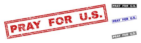 Grunge PRIER POUR NOUS sceaux de timbre rectangle isolés sur fond blanc. Joints rectangulaires avec texture grunge dans les couleurs rouge, bleu, noir et gris. Impression en caoutchouc de vecteur de PRIEZ POUR NOUS