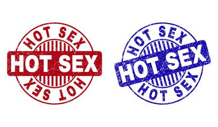 Grunge HOT SEX Runde Stempelsiegel isoliert auf weißem Hintergrund. Runde Dichtungen mit Grunge-Textur in roten und blauen Farben. Vektorgummiwasserzeichen des HOT SEX-Titels innerhalb der Kreisform mit Streifen.