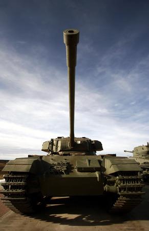 tracked: Tank