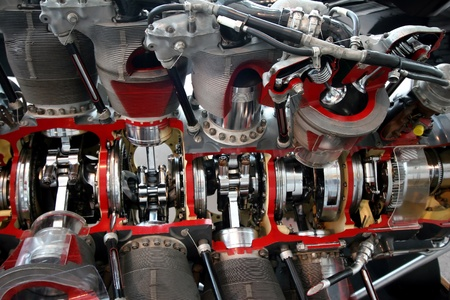 cutaway: Engine cut away