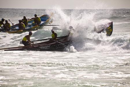 salvavidas: COSTO DE ORO - February 02: Iron man y el Campeonato de surf salvavidas Nacional sobre el Gold Cost Australia 02 de febrero 2012 Coste de Oro de Queensland Australia