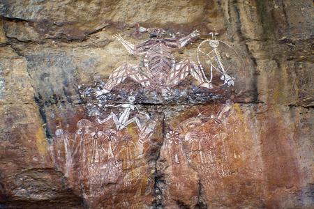 원주민 바위 예술 - 카카 두 국립 공원, 호주 스톡 콘텐츠