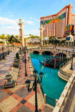 fountain, boat, fire, dancers, pirates, wench, cirque, cityscape, downtown, water, las vegas, pirate ship, pirate, nightlife, treasure island, urban, battle, ship, fabulous, cove, theme, cards, pond, tourist, fancy, famous, performance, caribbean, street,
