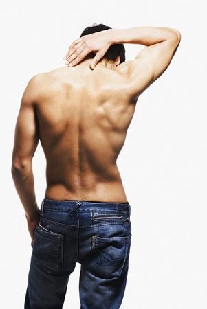 nackte brust: R�ckansicht eines Mannes Dehnung