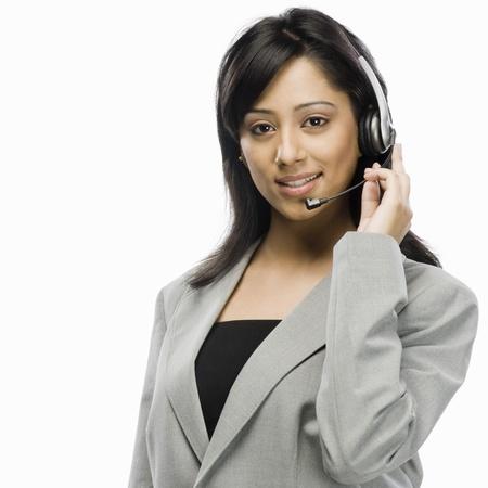 Portret van een medewerker van de klantenservice van de vrouwelijke glimlachen
