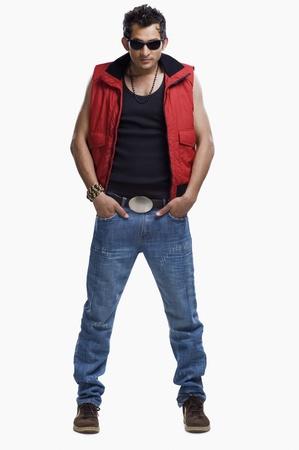 male fashion model: Moda masculina modelo posando