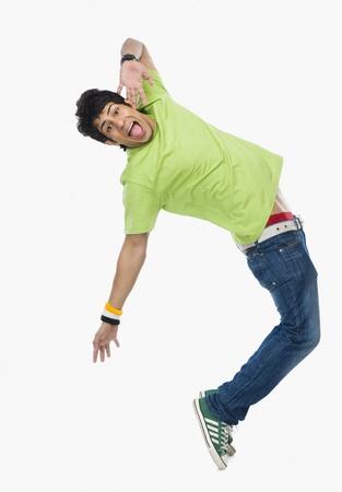 Hombre bailando LANG_EVOIMAGES