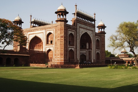 mausoleum: Gateway of a mausoleum, Taj Mahal, Agra, Uttar Pradesh, India
