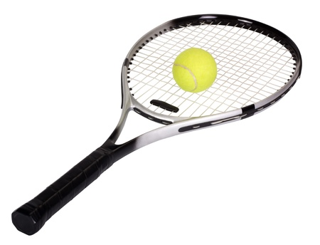 raqueta de tenis: Primer plano de una raqueta de tenis con una pelota de tenis Foto de archivo