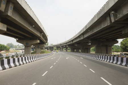 Road in the middle of overpasses, National Highway 8, New Delhi, India Banco de Imagens