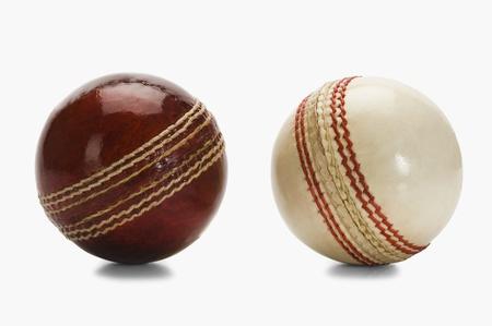2 つのクリケット ボールのクローズ アップ 写真素材