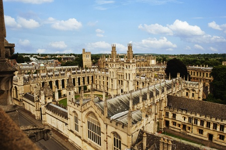 oxford: High angle view of university buildings, Oxford University, Oxford, Oxfordshire, England