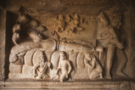 lord vishnu: Carving details of Lord Vishnu reclining on his serpent couch at Mahishasuramardhini Mandapam, Mahabalipuram, Kanchipuram District, Tamil Nadu, India