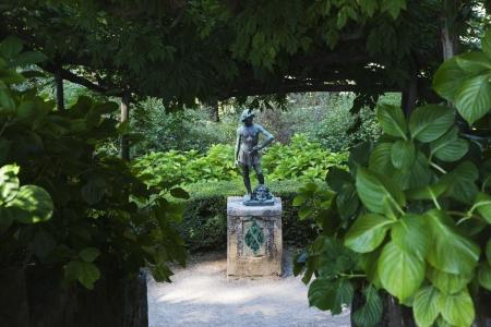 Statue in a garden, Amalfi, Province Of Salerno, Campania, Italy Imagens - 24663271
