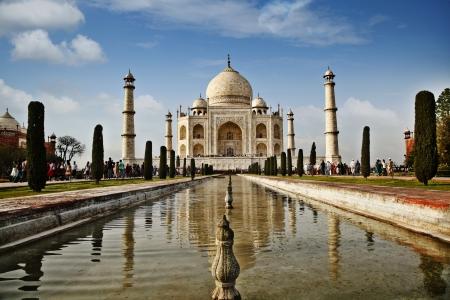 uttar pradesh: Tourists at a mausoleum, Taj Mahal, Agra, Uttar Pradesh, India Editorial