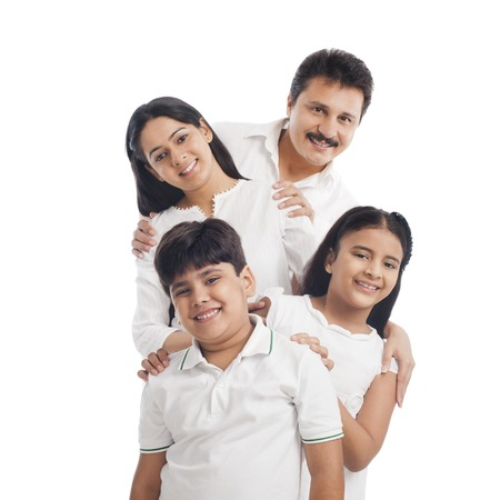 Portret van een glimlachende familie plezier