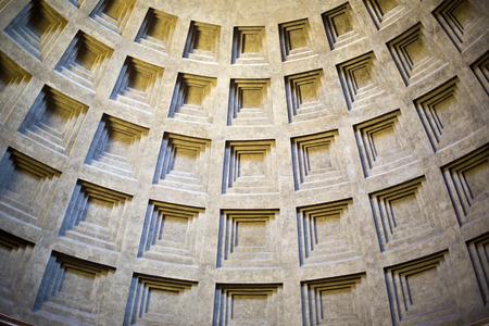 Minimal Winkel der Decke, das Pantheon in Rom, Latium, Rom, Provinz Rom, Italien Standard-Bild - 33377660