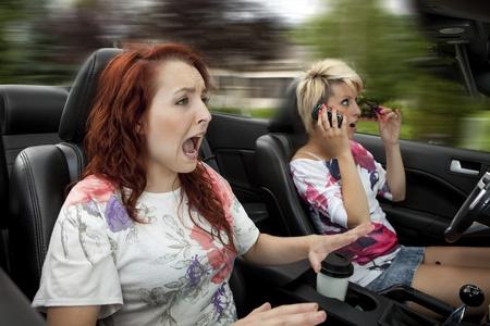 Distracted dangerous driving  Imagens