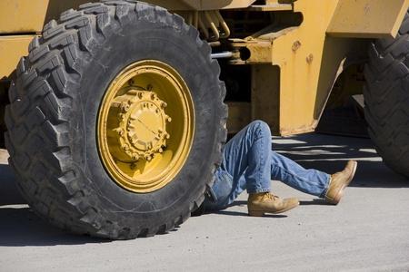 Diesel mechanic heavy equipment