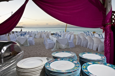 anniversary beach: Beach wedding reception buffet
