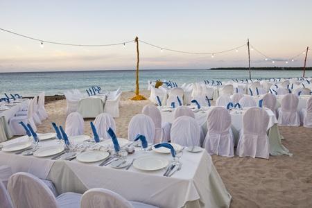 destinos: Recepci�n de la boda en la playa Foto de archivo