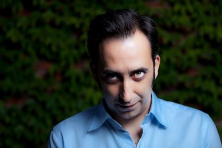 sicario: Retrato de mirada intensa