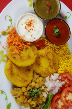 chaat: Close-up of ingredients of ragada