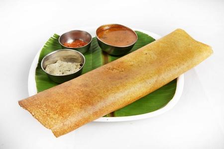 Indian Frühstück Dosa in einem Teller serviert