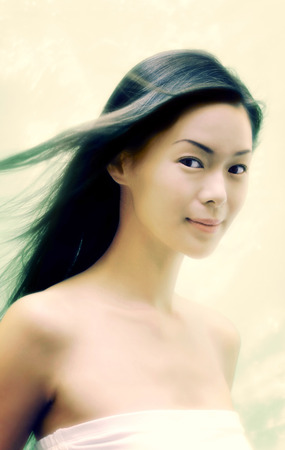fair complexion: portraits of a woman posing with glamour LANG_EVOIMAGES