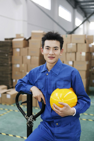 fabrikarbeiter: Fabrikarbeiter Umzug Boxen LANG_EVOIMAGES