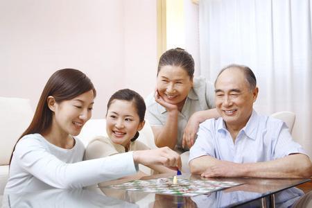 Familie spielen Brettspiele