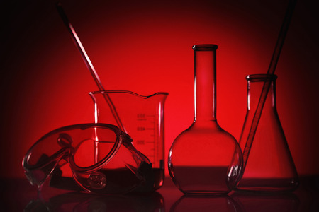safety goggles: Scientific laboratory glassware and safety goggles LANG_EVOIMAGES