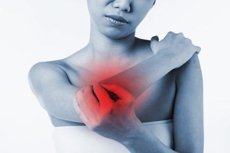 codo: Mujer con una lesi�n en el codo