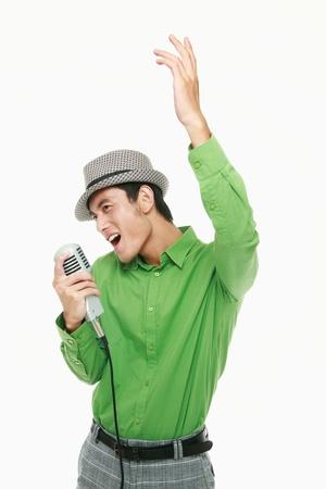 cantando: Hombre cantando Foto de archivo