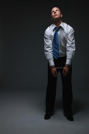 handcuffed: Zakenman worden geboeid
