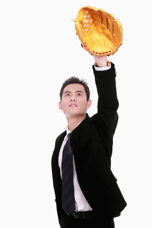 gant de baseball: Homme d'affaires avec un gant de baseball Banque d'images